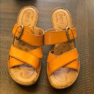 BORN sandals shoes heel 9 FALL burnt orange